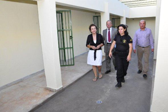Laura Gomes e Romero Ribeiro estiveram na unidade. Foto: Paulo Maciel/Divulgação