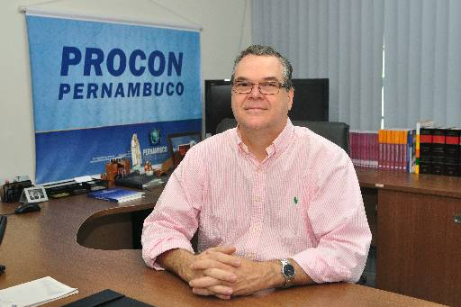 Diretor do Procon não recomenda investimento. Foto: Julio Jacobina/DP/D.A Press