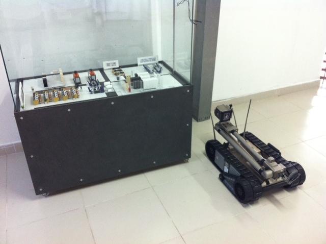 Robô foi a estrela da apresentação. Foto; Wagner Oliveira/DP/D.A Press