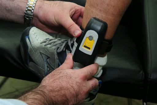 Homens usarão equipamento na perna. Foto: Alcione Ferreira/DP/D.A Press