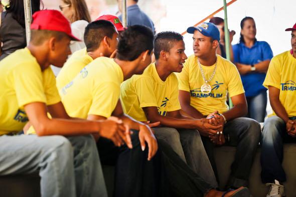 Jovens participaram do lançamento do programa. Foto: Andréa Rêgo Barros/PCR