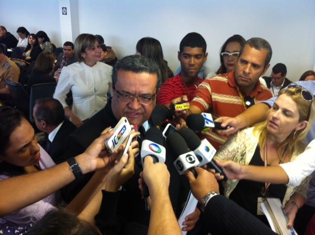 Damázio não tem data para contratações. Foto: wagner Oliveira/DP/D.A Press