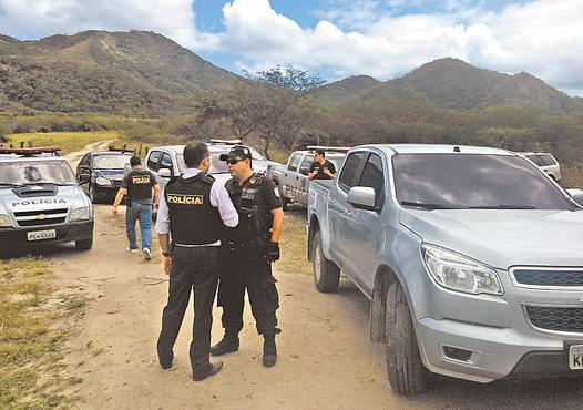 Polícia continua buscando suspeitos. Foto: Paulo Paiva/DP/D.A Press