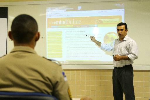 Militares estão sendo treinados. Foto: Paulo Paiva/DP/D.A Press
