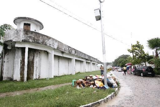 Bloqueadores instalados no presídio estão prejudicando os vizinhos