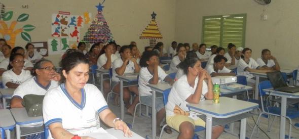 Salas de aula estão atraindo mulheres e homens presos. Foto: Seres/Divulgação