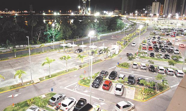 Investidas perto do shopping só têm aumentado. Foto: Ricardo Fernandes