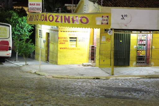 Duplo assassinato aconteceu nesta rua no Centro da Cidade. Fotos: Annaclarice Almeida/DP/D.A.Press