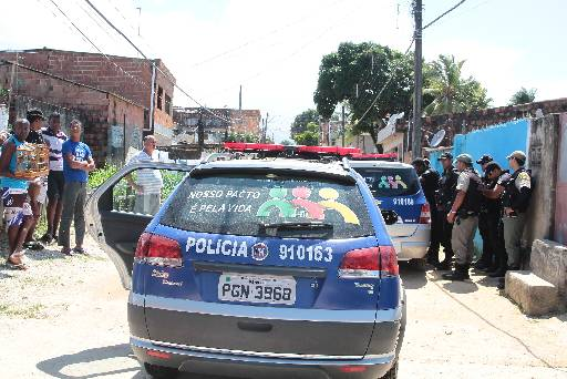 Vizinhos e policiais envolvidos na ocorrência ficaram chocados com a violência