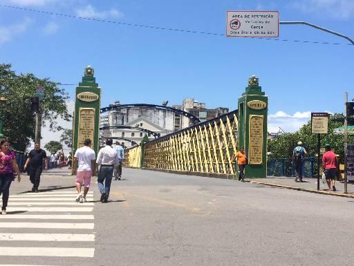 Na Ponte de Ferro, assaltos acontecem a qualquer hora do dia. Fotos: Wagner Oliveira/DP/D.A Press