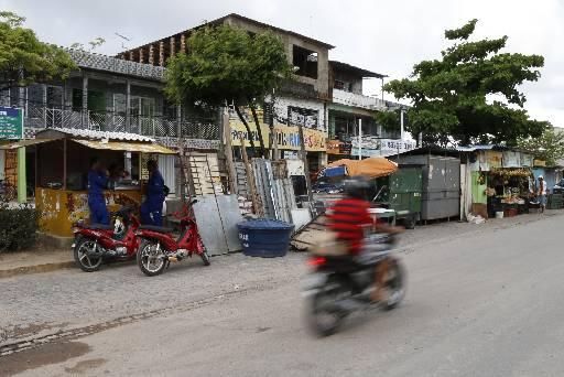Comunidade da Roda de Fogo reclama da situação do local