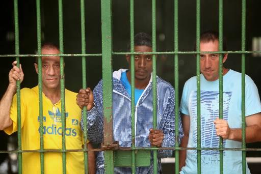 Os gringos Pablo Ramon (esq), Melvin Arcenio (c) e Carlos Lombardo (dir), na Barreto Campelo. Hoje, Pablo está em prisão domiciliar. Fotos: Teresa Maia