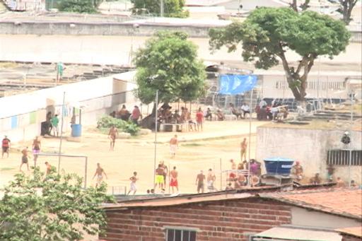 Problemas no Complexo do Curado se arrastam desde a época do Presídio Aníbal Bruno. Fotos: TV Clube/Reprodução
