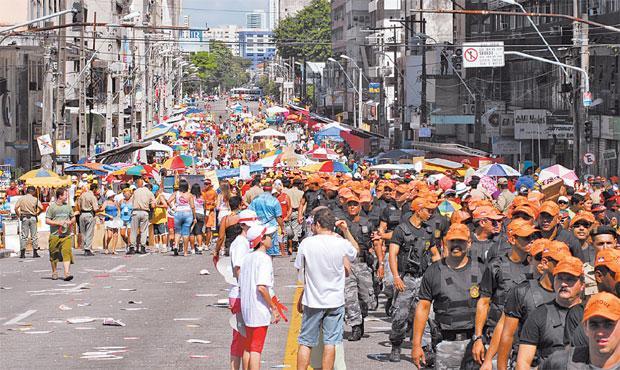 Além dos policiais, esquema de segurança também contará com Juizado do Folião. Foto: Edmar Melo/Esp/DP/D.A Press