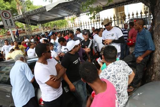 Aprovados de 2009 fizeram mais um protesto. Foto: Teresa Maia/DP/D.A Press