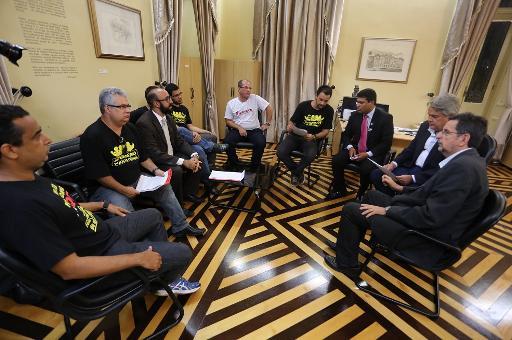 Decisão foi tomada após enconrto da categoria com representantes do governo do estado. Foto: Sinpol/Divulgação