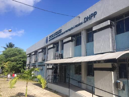 Depoimentos estão sendo tomados no DHPP. Fotos: Wagner Oliveira/DP/D.A Press