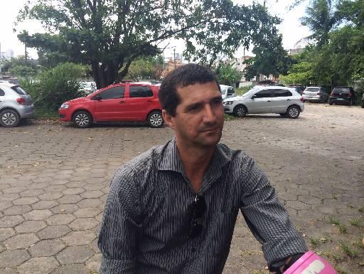 Silvio Pereira disse que a família recebeu as chaves do apartamento. Foto: Wagner Oliveira/DP/D.A Press
