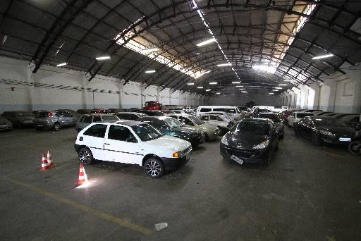 Depósito do Depatri está repleto de carros. Foto: Paulo Paiva/DP/D.A Press