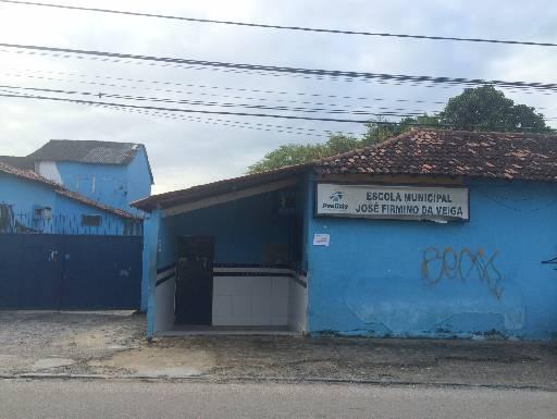 Beneficiários assistiram palestra nesta escola municipal. Fotos: Wagner Oliveira/DP/D.A Press