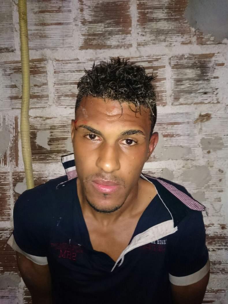 Jeferson foi preso por PMs do 6º Batalhão. Foto: Polícia Militar/Divulgação