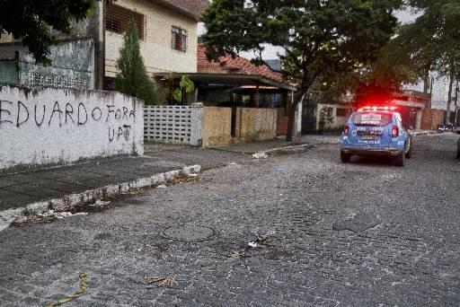 Crime aconteceu na Rua Gomes de Matos Júnior, na Encruzilhada