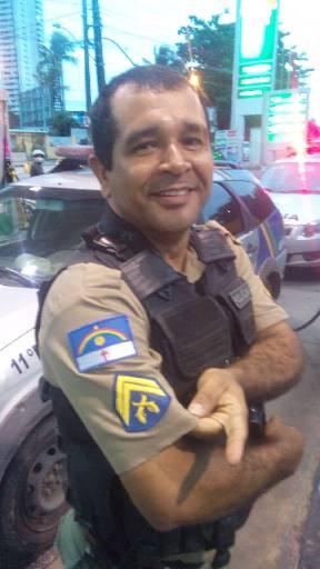 Cabo Adriano Batista foi morto dentro da viatura policial. Foto: Dilvulgação