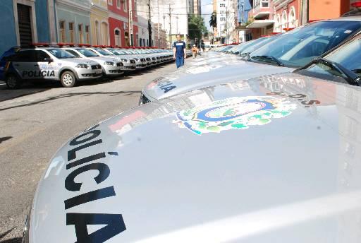 Suspeitos dizem que PMs estavam em duas viaturas. Foto: Inês Campelo/DP