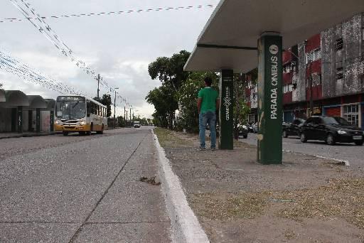 Avenida Sul é um dos pontos mais críticos do Recife. Foto: Brenda Alcantara/Esp.DP