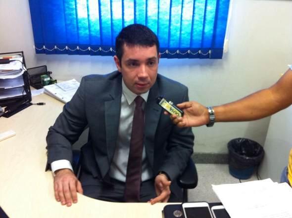 Delegado Carlos Couto falou hoje sobre o caso. Foto: Wagner Oliveira/DP
