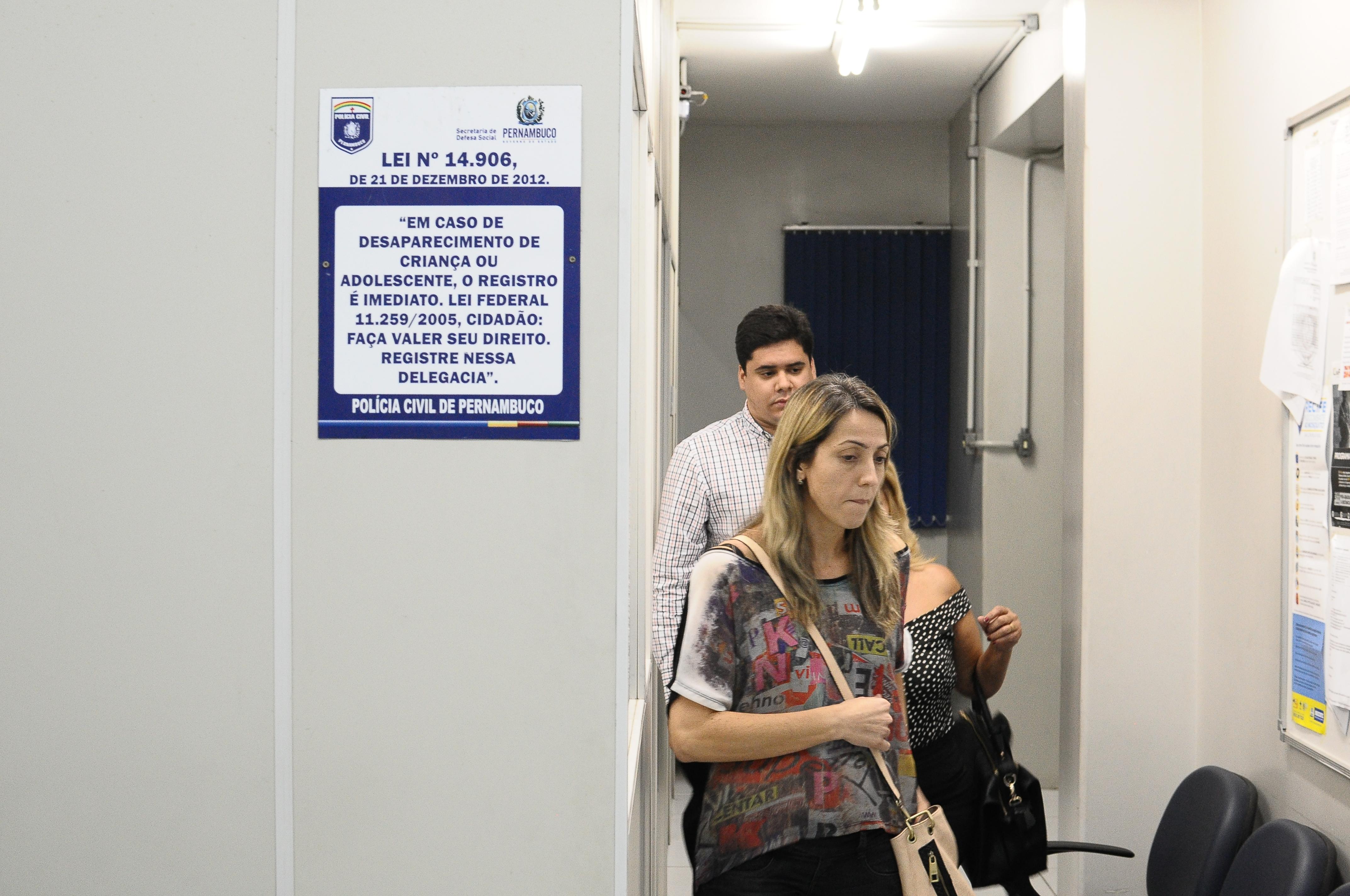 Cláudia esteve ontem na DPCA. Foto: João Velozo/Esp/DP