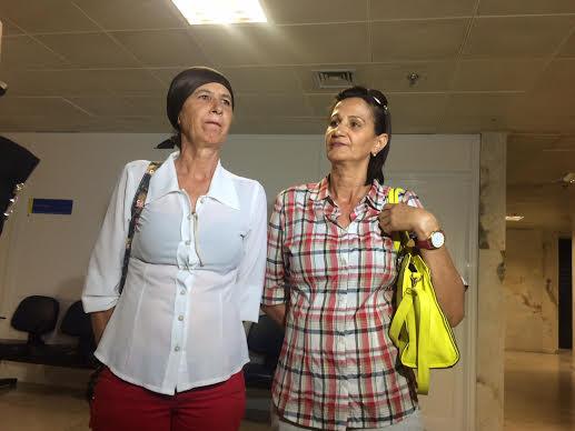 Sandra e Márcia esperam que culpados sejam punidos. Foto: Wagner Oliveira/DP