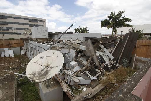 Destruição no Banco do Brasil de Riacho das Almas aconteceu há nove meses. Fotos: Ricardo Fernandes/DP