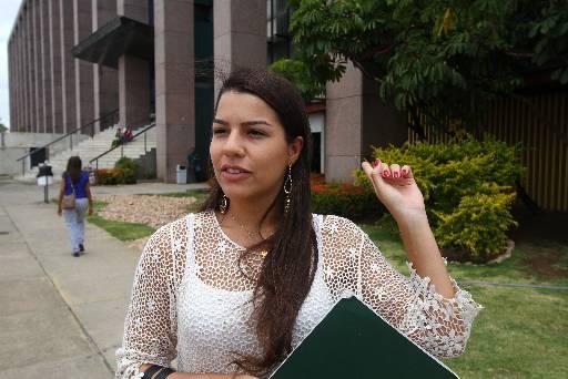 Ana Laura tem medo da insegurança em toda a Ilha Joana Bezerra