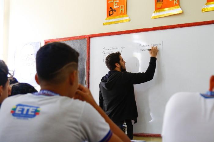 Pernambuco abre mais de 15 mil vagas para cursos técnicos